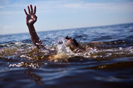 טביעה drowning
